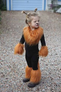 Cutest Lion Ever, very simple DIY Lion Halloween Costume for your little one
