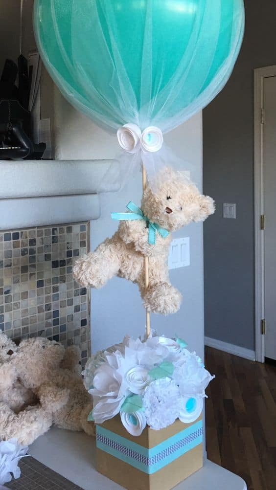 Teddy Bear and Balloon Centerpiece for a Baby Shower- Looks amazing.