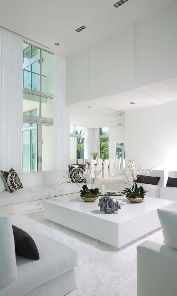White Very Modern living Room: Do you need more inspiration in order to get your own luxury living room?