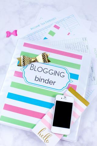 Blogging Binder By Sarah Titus