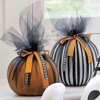 Easy DIY Pumpkins for Fall and Halloween