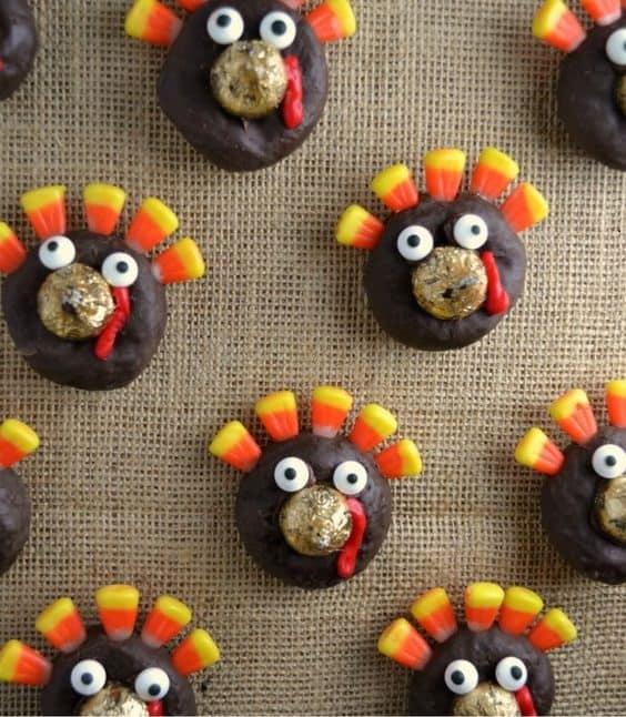 Thanksgiving Turkey Donut Treats fun and yummy