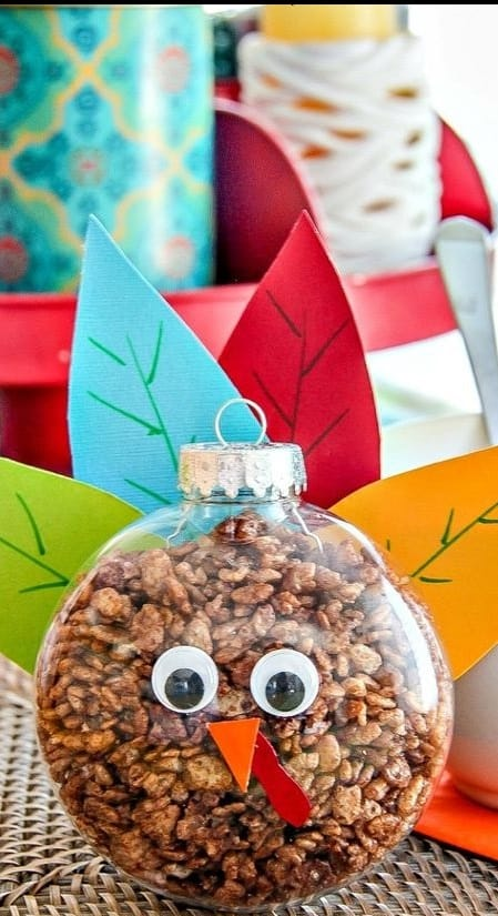Fun Thanksgiving Treats for the kids to make- Really simple ideas but they look great
