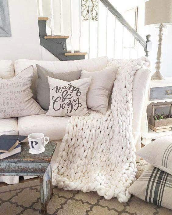Modern Decorative warm and cozy throw pillow